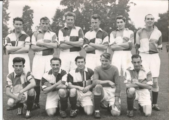 The players pose for a photo before a Wallingford Centenary Celebration Exhibition game against Reading.  A confident Francis Wardrope is standing in the back row 3rd in from the right. Francis played for Wallingford Town from 1952 to 1957. Picture kindly donated by Mr Graeme Wardrope.